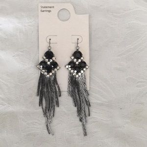 🖤NWT Amazing Rhinestone Tassel Hanging Earrings